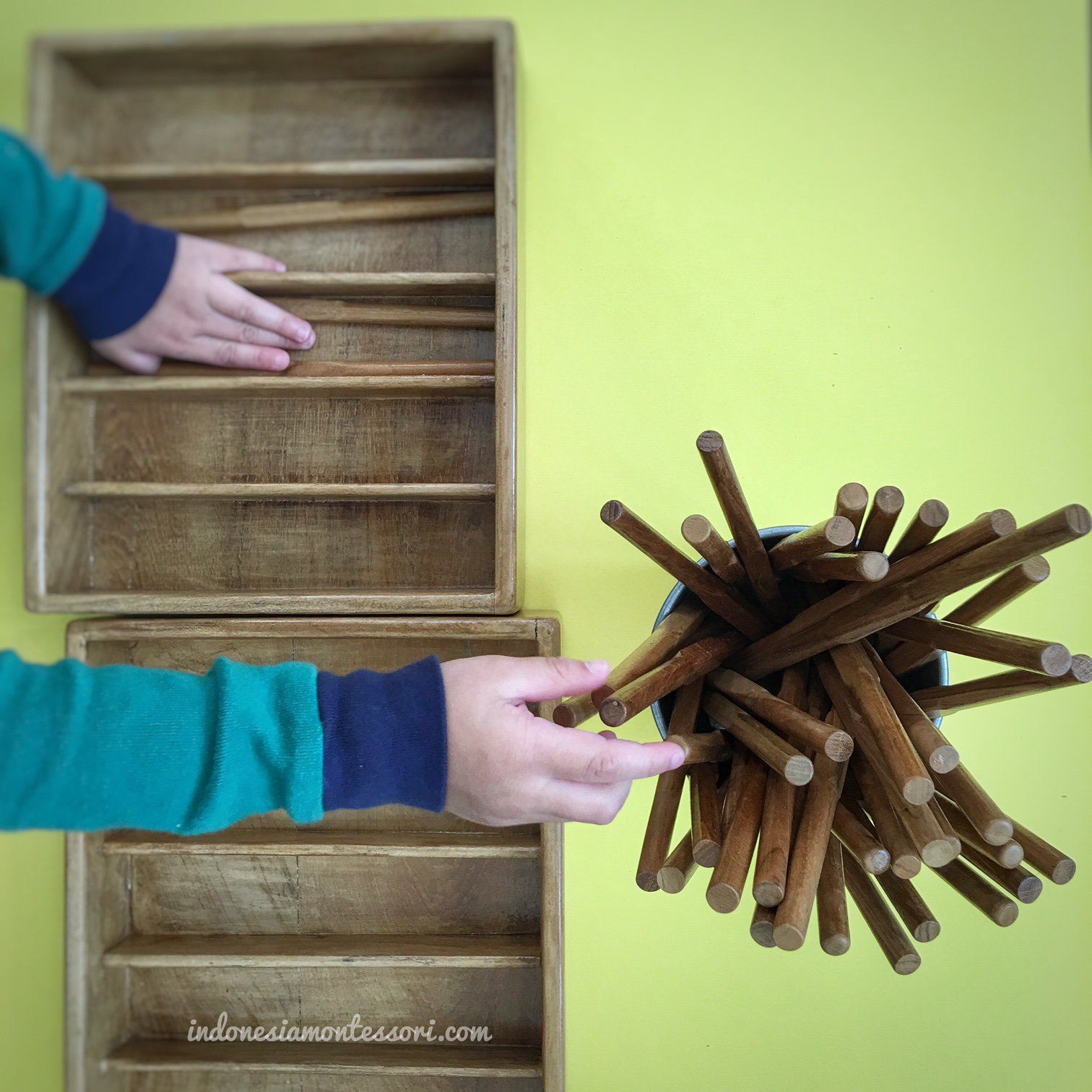montessori spindle box