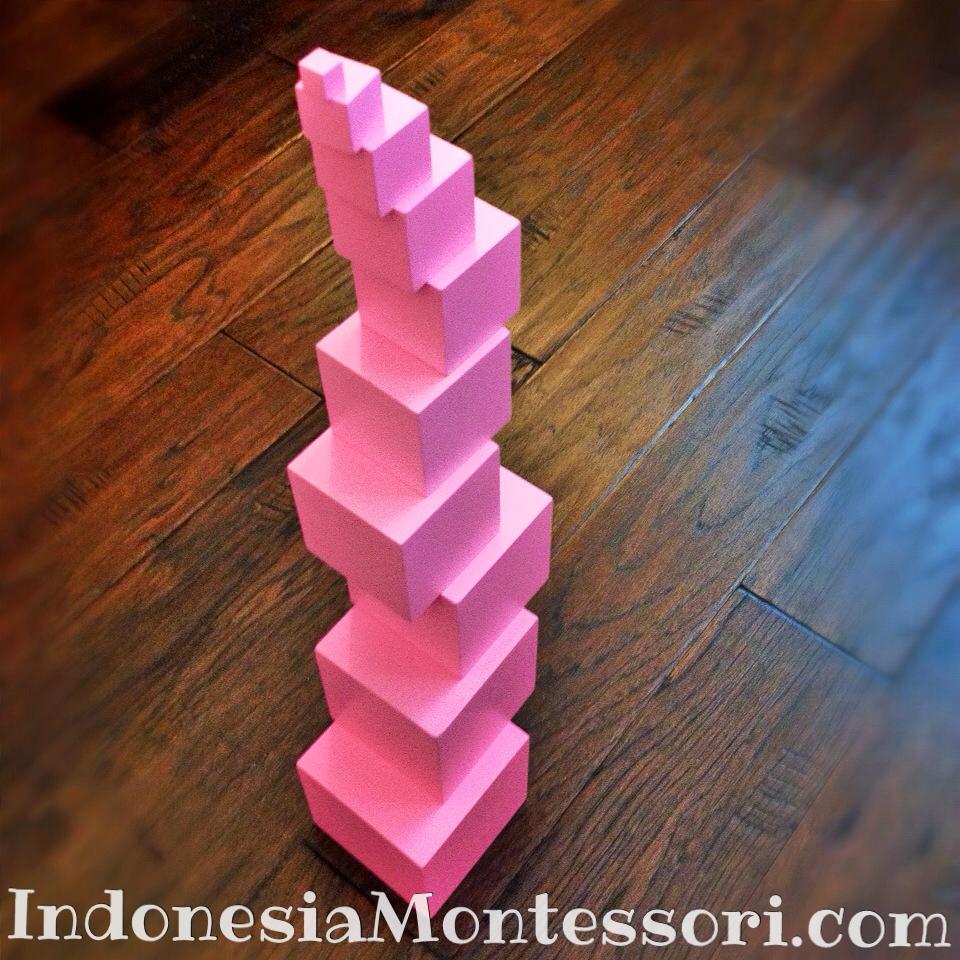 menara merah muda