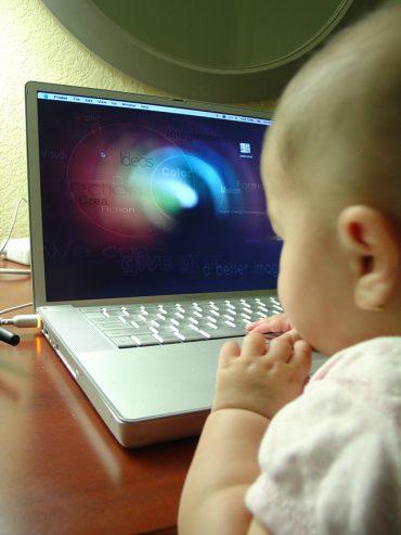 screen time pada anak usia dini