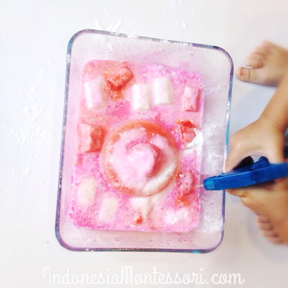 ide main dengan cuka dan soda kue sains anak paud